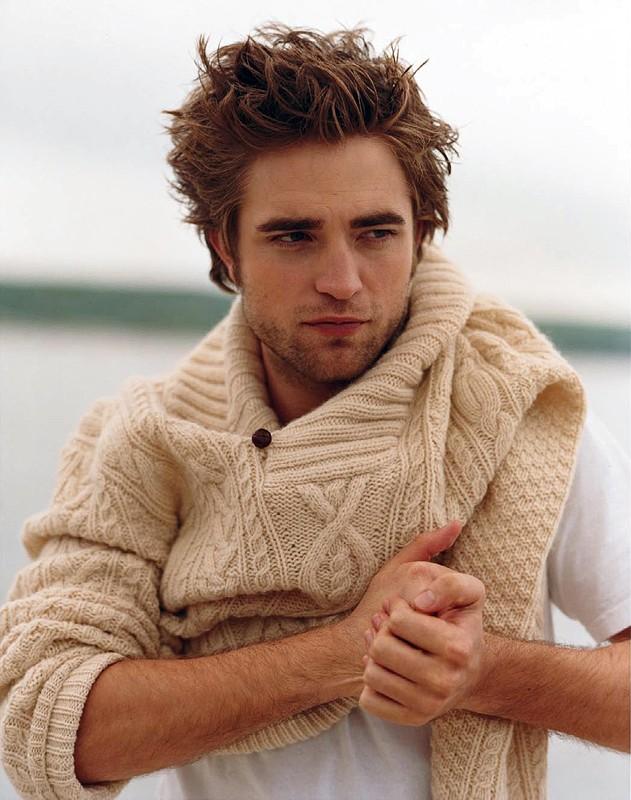 Robert Pattinson in un photoshoot per la rivista Vanity Fair, 2009
