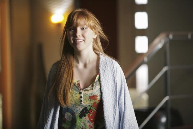 Castle: Molly C. Quinn nell'episodio Love Me Dead