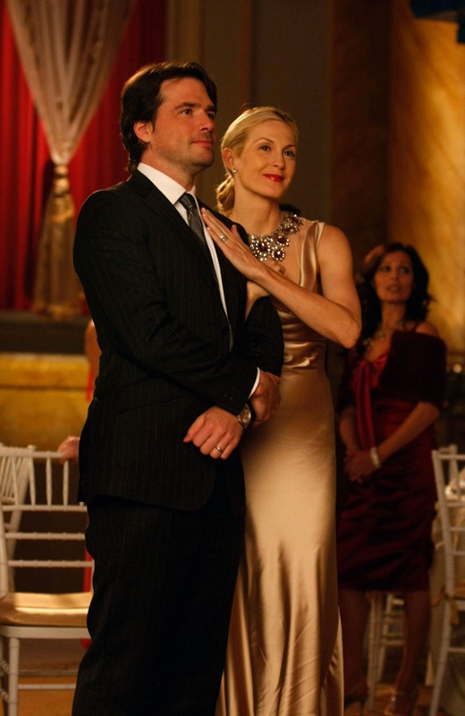 Matthew Settle e Kelly Rutherford in una scena dell'episodio They Shoot Humphreys, Don't They? di Gossip Girl