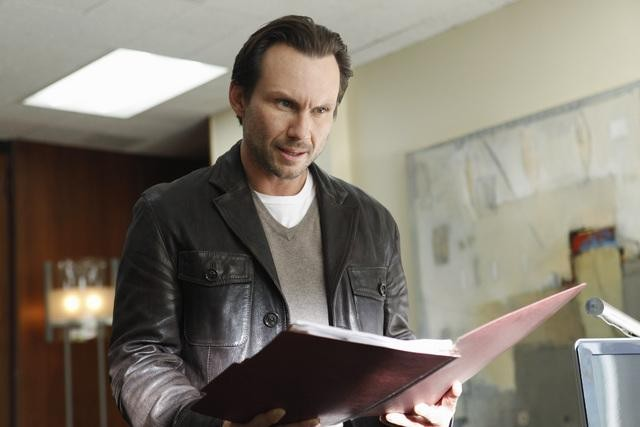 The Forgotten: Christian Slater nell'episodio Prison Jane