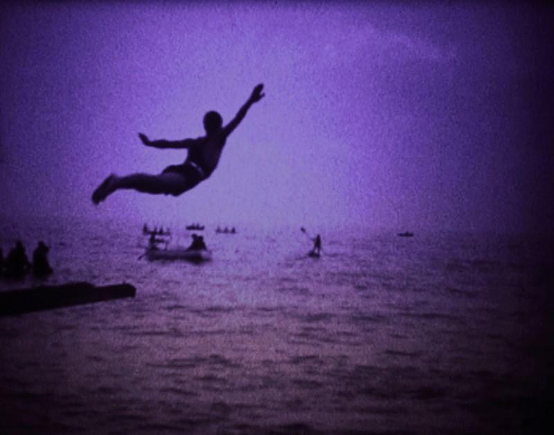Una sequenza del film La bocca del Lupo (2009) di Pietro Marcello.