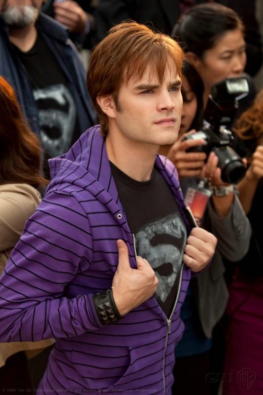 Le guest-star David Gallagher è Zan nell'episodio Idol di Smallville