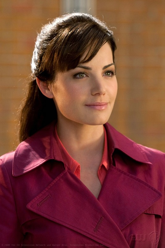 Lois (Erica Durance) in un momento dell'episodio 'Idol' di Smallville