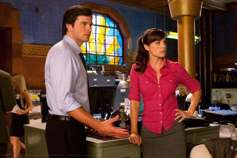 Tom Welling ed Erica Durance in una scena dell'episodio 'Idol' di Smallville