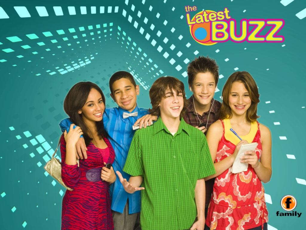 Un wallpaper della serie TV The Latest Buzz