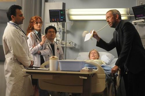 Hugh Laurie in una scena di Brave Heart dalla sesta stagione di Dr. House: Medical Division