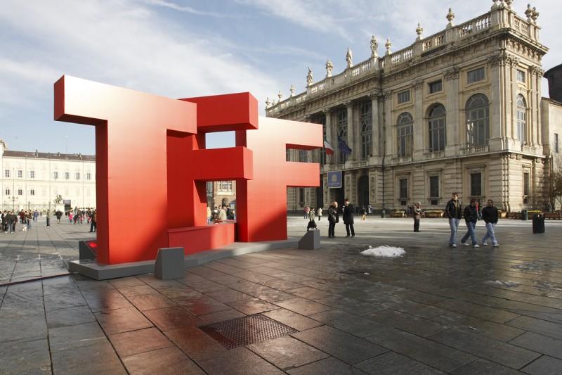 Un'immagine di Piazza San Carlo di Torino nel periodo del Festival