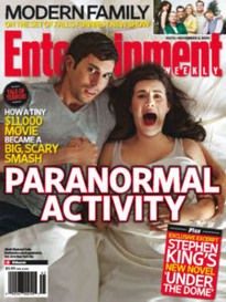 Una copertina di Entertainment Weekly dedicata al fenomeno Paranormal Activity.