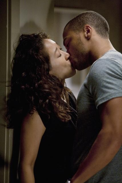 Grey's Anatomy: Jesse Williams e Sandra Oh nell'episodio Invest in Love