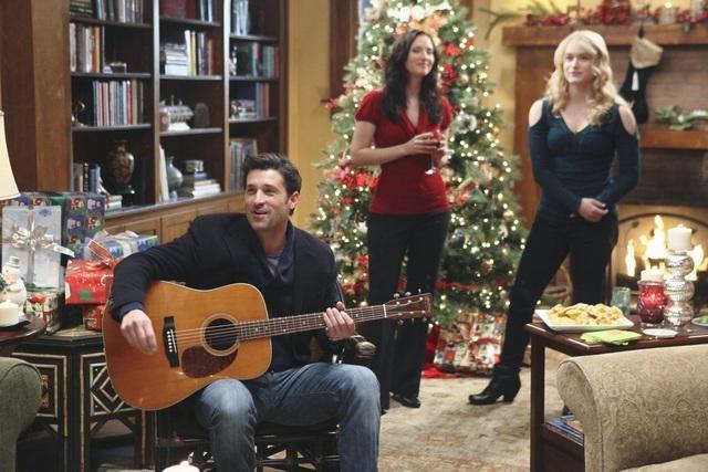 Grey's Anatomy: Patrick Dempsey,Chyler Leigh e Leven Rambin nell'episodio Holidaze