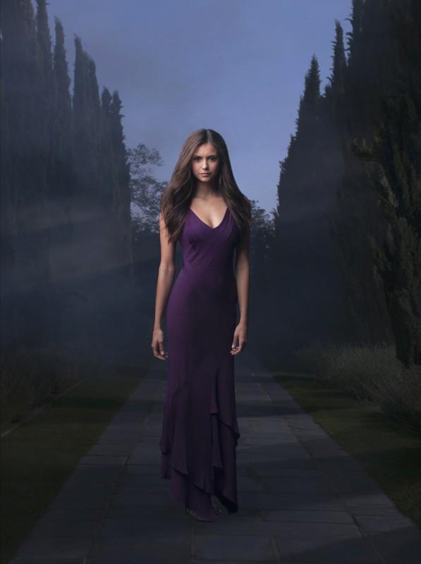 Nina Dobrev interpreta Elena nel telefilm The Vampire Diaries
