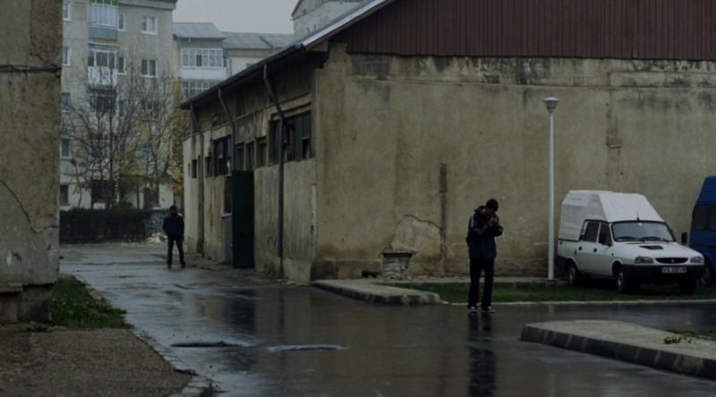 Una immagine del film Police, adjective di Corneliu Porumboiu (Romania, 2009)