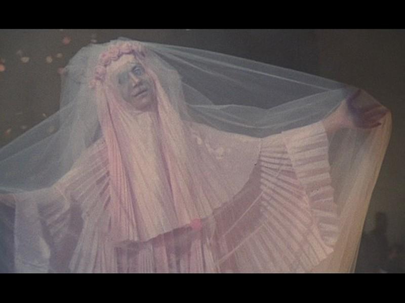 Una sequenza onirica del film Roma di Federico Fellini