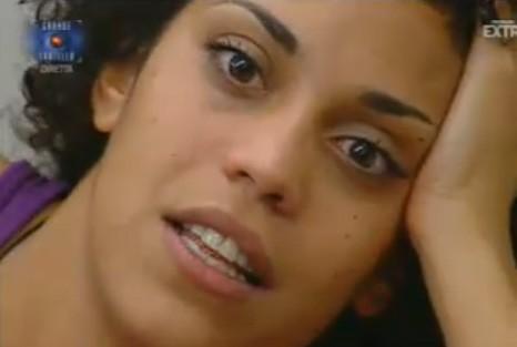 Grande Fratello 10: un primo piano di Mara Adriani. La concorrente di origine eritrea è nata a Roma sotto il segno dei Pesci.