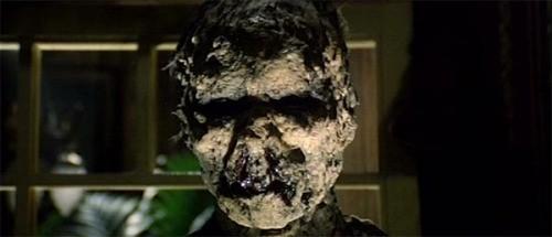 Una inquietante scena del film E tu vivrai nel terrore - L\'aldilà ( 1981 )