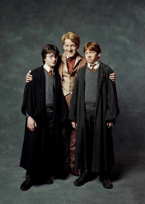 Daniel Radcliffe, Kenneth Branagh e Rupert Grint in una foto promo del film Harry Potter e la Camera dei Segreti