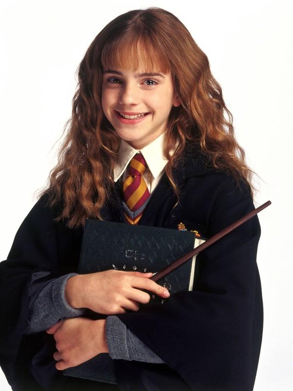 Hermione (Emma Watson) in una foto promozionale del film Harry Potter e la Camera dei Segreti