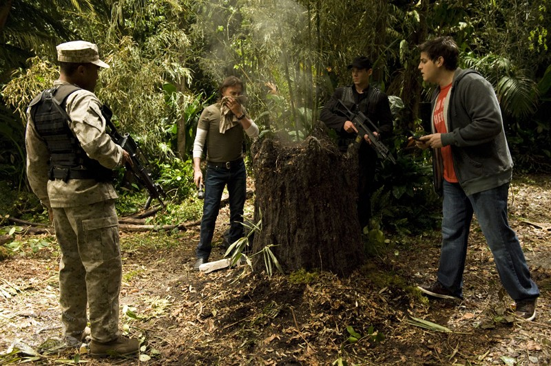 Jamil Walker Smith, Robert Carlyle, Brian J. Smith e David Blue in una scena dell'episodio Time di Stargate Universe
