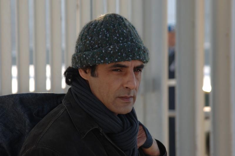 Ahmed Hefiane in una scena del film La cosa giusta (2009)