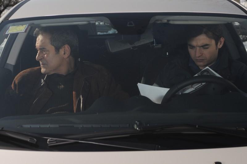 Ennio Fantastichini con Paolo Briguglia in una scena del film La cosa giusta