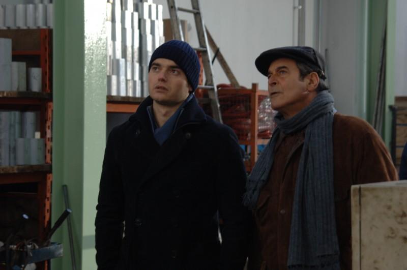 Ennio Fantastichini e Paolo Briguglia in una scena del dramma La cosa giusta