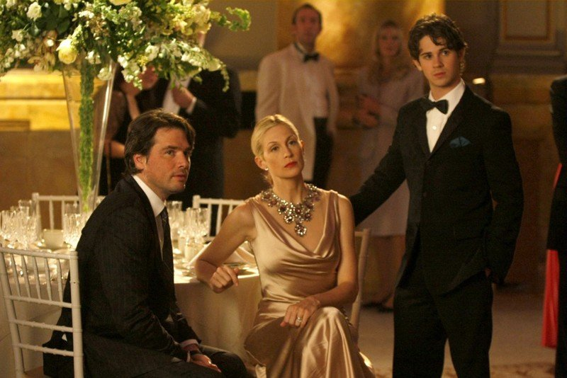 Matthew Settle, Kelly Rutherford e Connor Paolo al ballo delle debuttanti nell'episodio They Shoot Humphreys, Don't They? di Gossip Girl