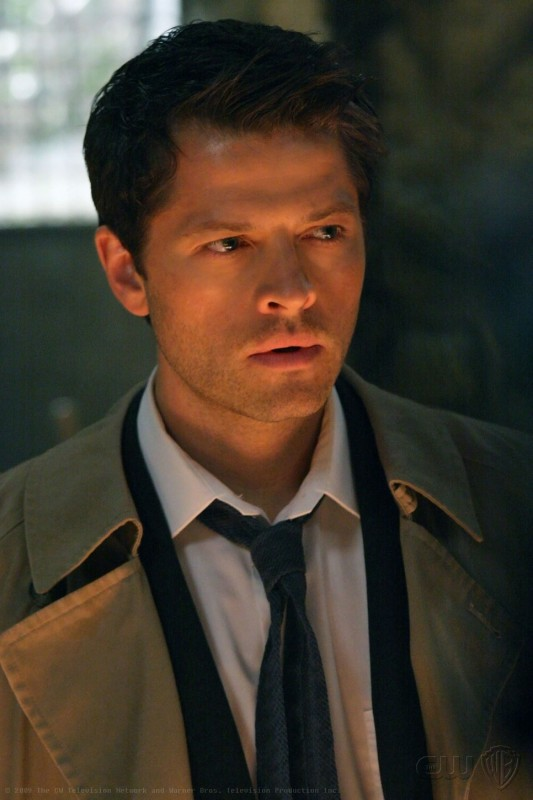 Supernatural: Misha Collins è Castiel nell'episodio Abandon All Hope...
