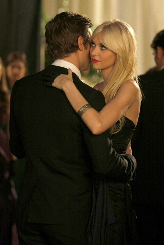 Taylor Momsen e Chace Crawford nell'episodio They Shoot Humphreys, Don't They? di Gossip Girl