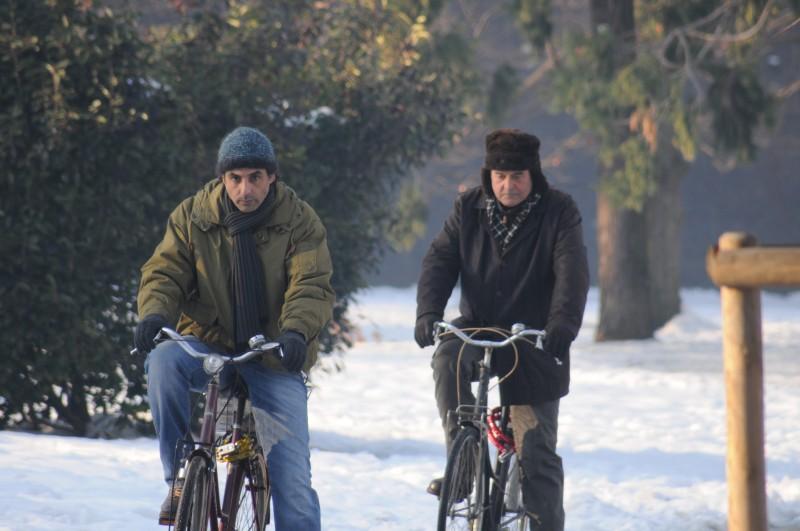 Ahmed Hefiane con Ennio Fantastichini in una sequenza del film La cosa giusta (2009)