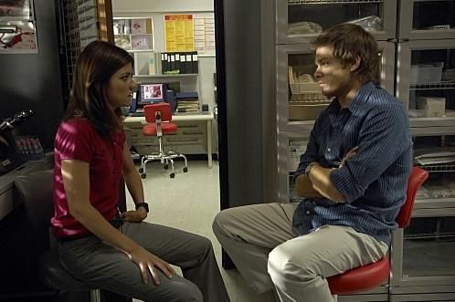 Dexter: Jennifer Carpenter e Michael C. Hall nell'episodio Road Kill