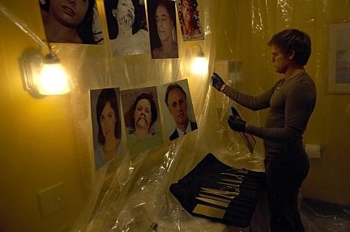 Dexter: Michael C. Hall in una scena dell'episodio Road Kill