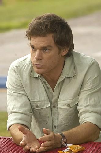 Dexter: Michael C. Hall nell'episodio Road Kill