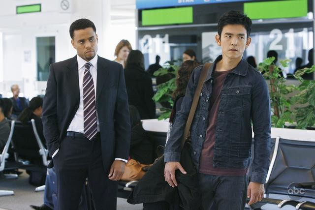FlashForward: John Cho in un momento dell'episodio A561984