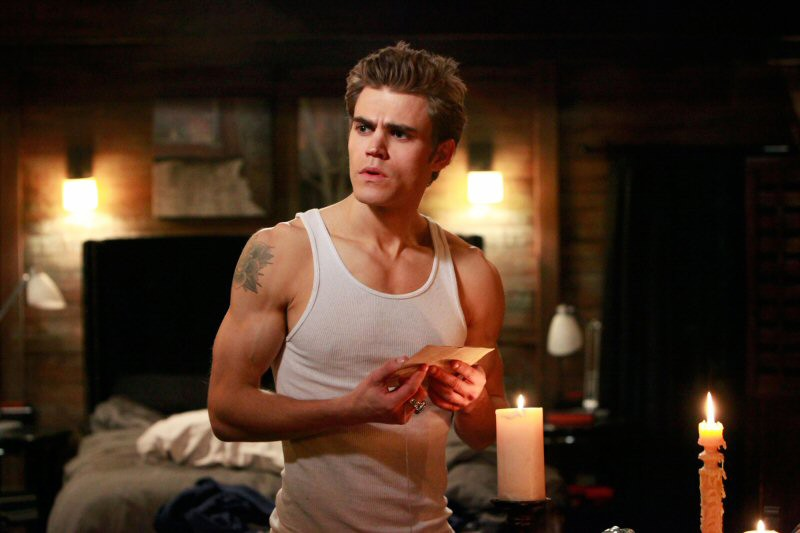 Il bel Stefan (Paul Wesley) nell'episodio The Turning Points di The Vampire Diaries