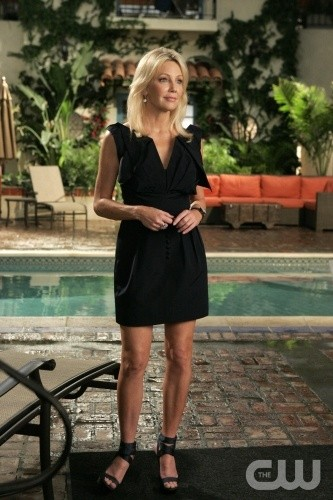 Melrose Place: Heather Locklear è Amanda nell'episodio June