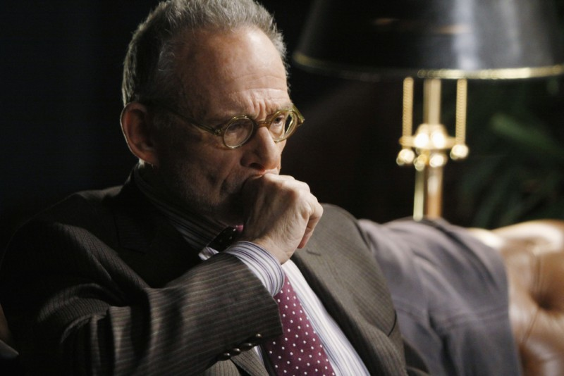 Brothers & Sisters: Ron Rifkin nell'episodio Pregnant Pause