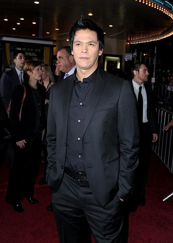 Chaske Spencer alla premiere del film The Twilight Saga: New Moon, a Los Angeles, il 16 Novembre 2009