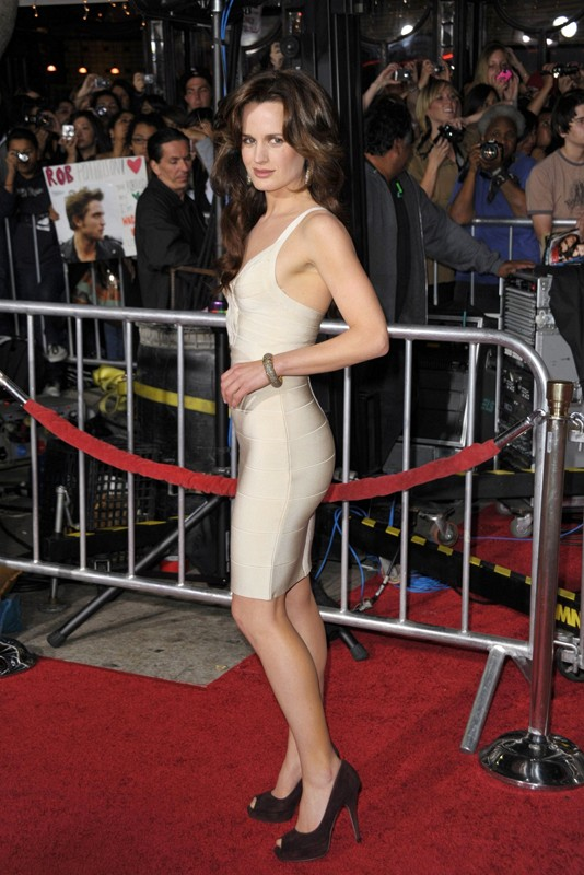 Elizabeth Reaser posa alla premiere del film The Twilight Saga: New Moon, a Los Angeles, il 16.11.2009