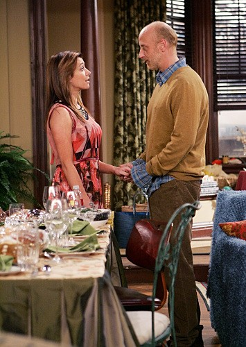 How I Met Your Mother: Chris Elliott con Alyson Hannigan nell'episodio Slapsgiving 2: Revenge of the Slap