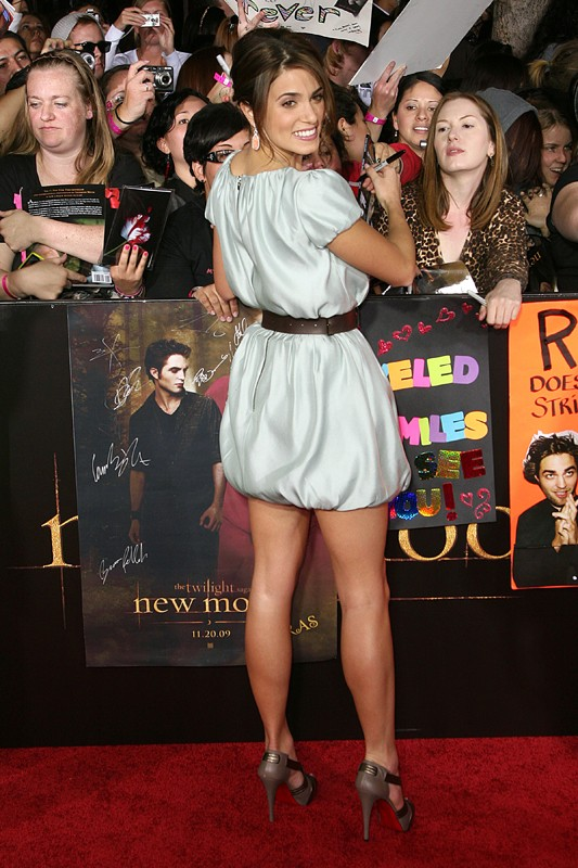 Nikki Reed firma autografi alla premiere di The Twilight Saga: New Moon, a Los Angeles, il 16.11.2009