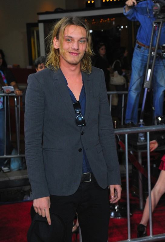 Jamie Campbell Bower alla premiere mondiale di The Twilight Saga: New Moon, a Los Angeles, il 16.11.2009