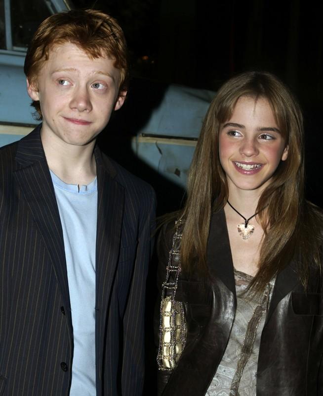 Rupert Grint ed Emma Watson alla premiere del film Harry Potter e la Camera dei Segreti, a Los Angeles, il 14 Novembre 2002