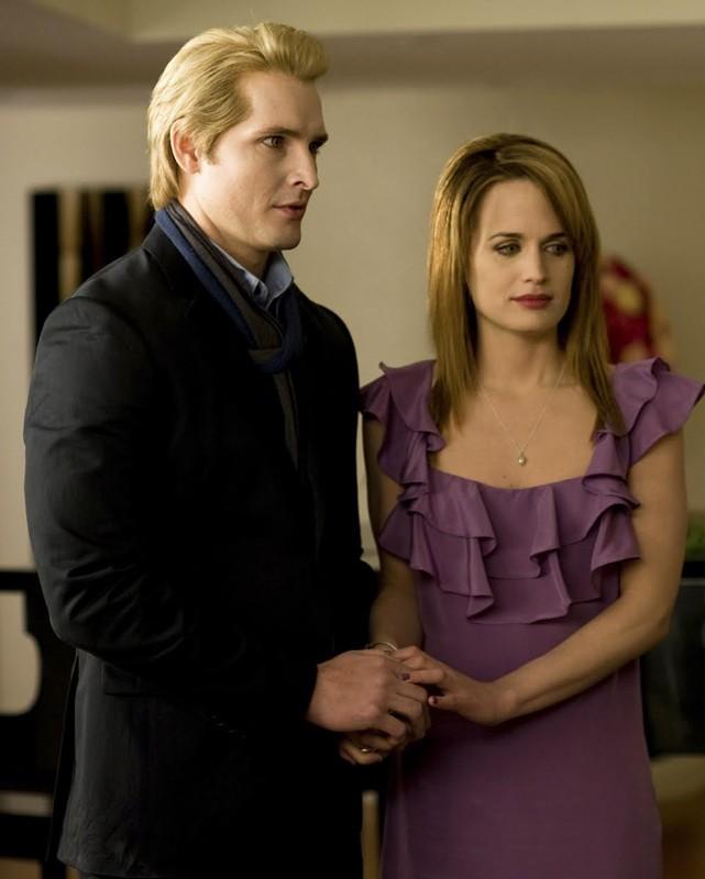 Una nuova scena del film Twilight: New Moon con Peter Facinelli e Elizabeth Reaser
