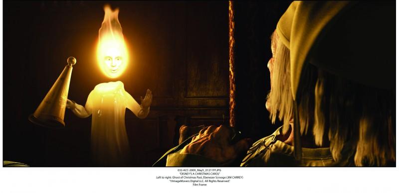 A Christmas Carol: lo spirito del Natale passato si manifesta a Scrooge