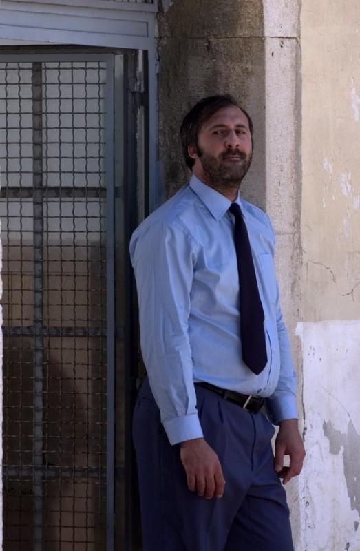 Francesco De Vito in una immagine del dramma Senza amore