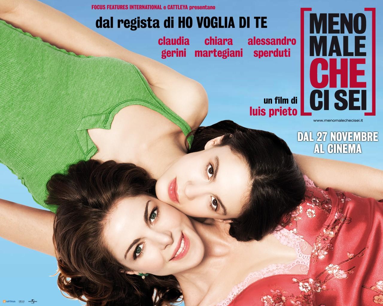 Wallpaper: Claudia Gerini e Chiara Martegiani nel film Meno male che ci sei