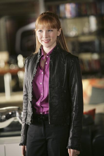 Castle: Molly C. Quinn nell'episodio One Man's Treasure