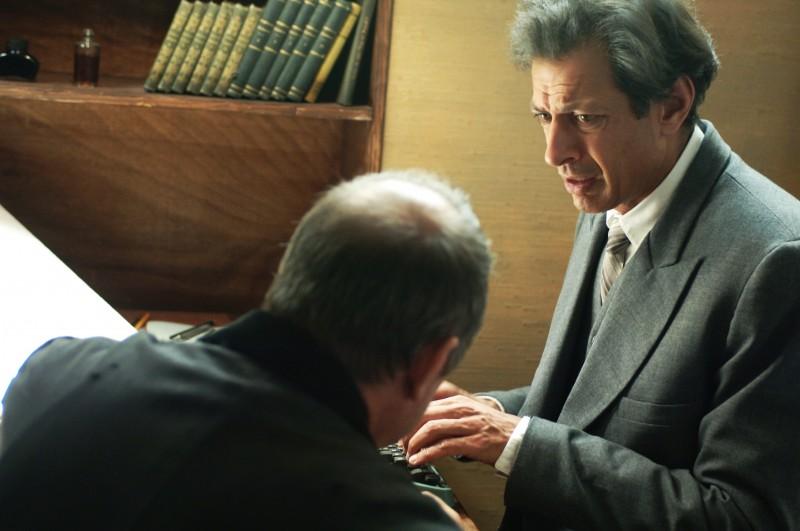 Goldblum in una scena del film Adam Resurrected