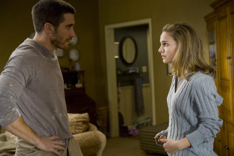 Jake Gyllenhaal e Natalie Portman in una scena di Brothers