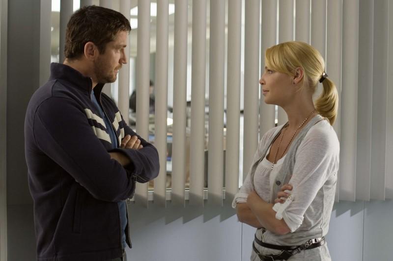 Katherine Heigl discute con Gerard Butler in una sequenza del film La dura verità (2009)
